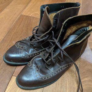 Gorgeous Vintage Leather Boots - Size 9